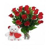 Kırmızı Güller ve Peluş Ayıcık